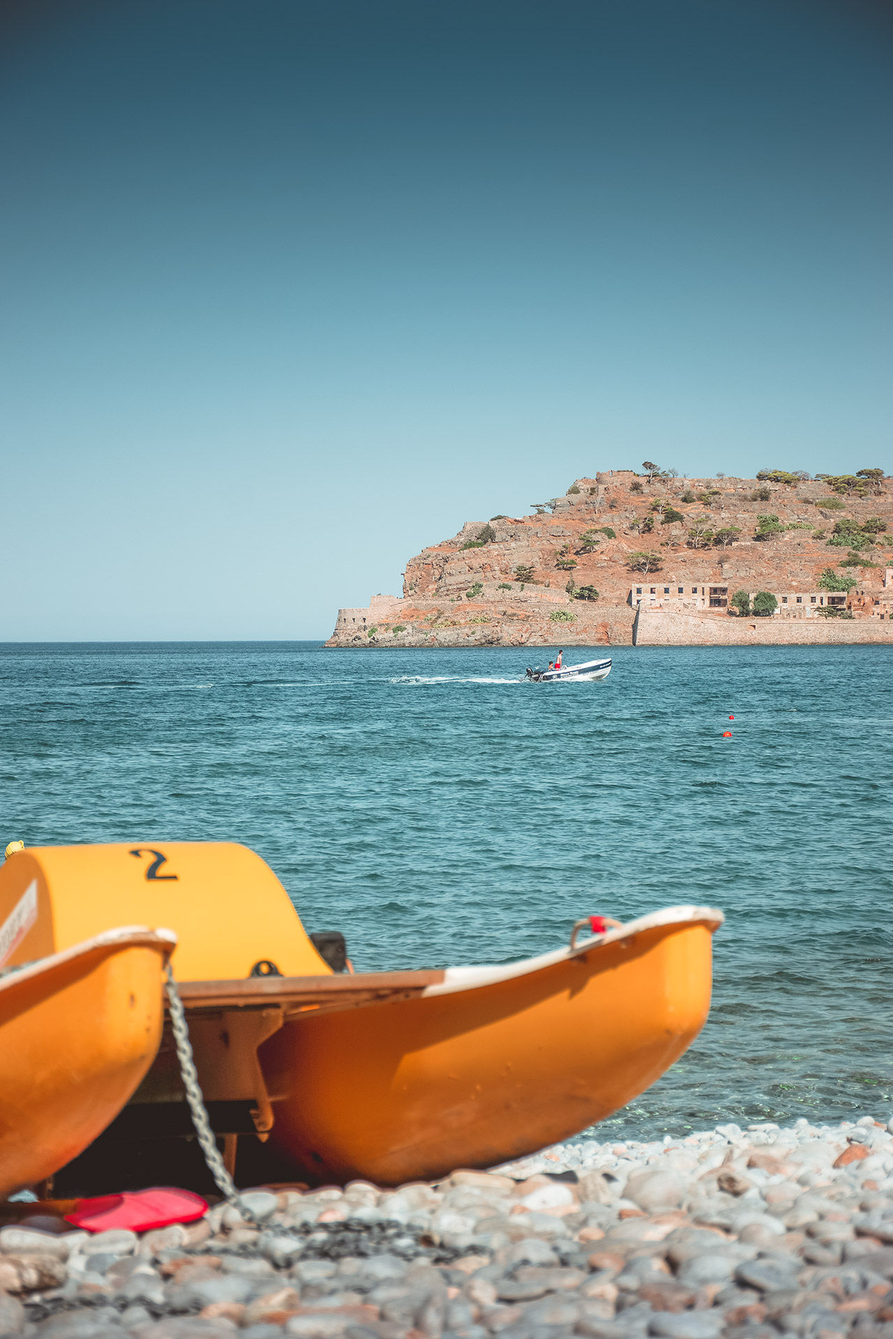 Crossing to Spinalonga takes only 7 minutes from Plaka