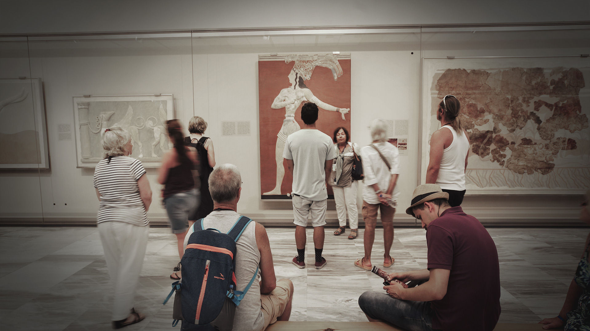 The Hall of Frescoes, Archaeological Museum of HeraklioN