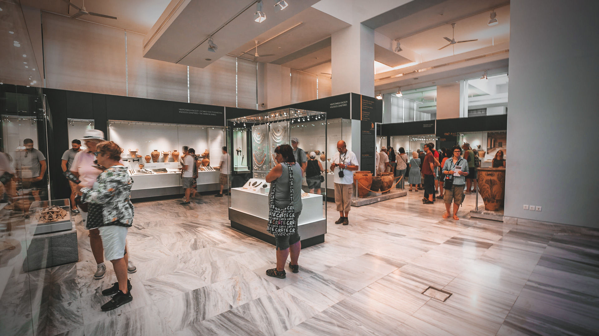 The Archaeological Museum of Heraklion brings to life more than 5,500 years of history