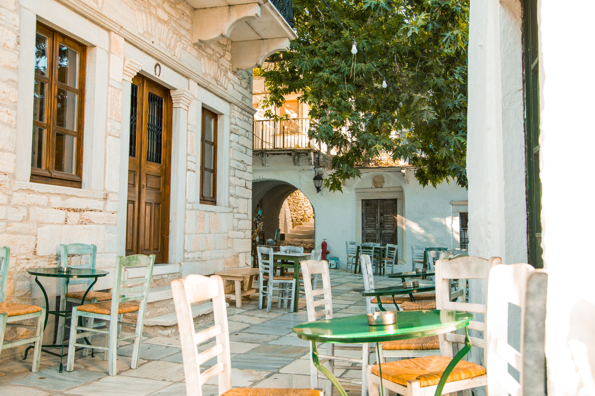 Apiranthos is a wonderful example of Venetian towers and arches, old stone houses and small squares