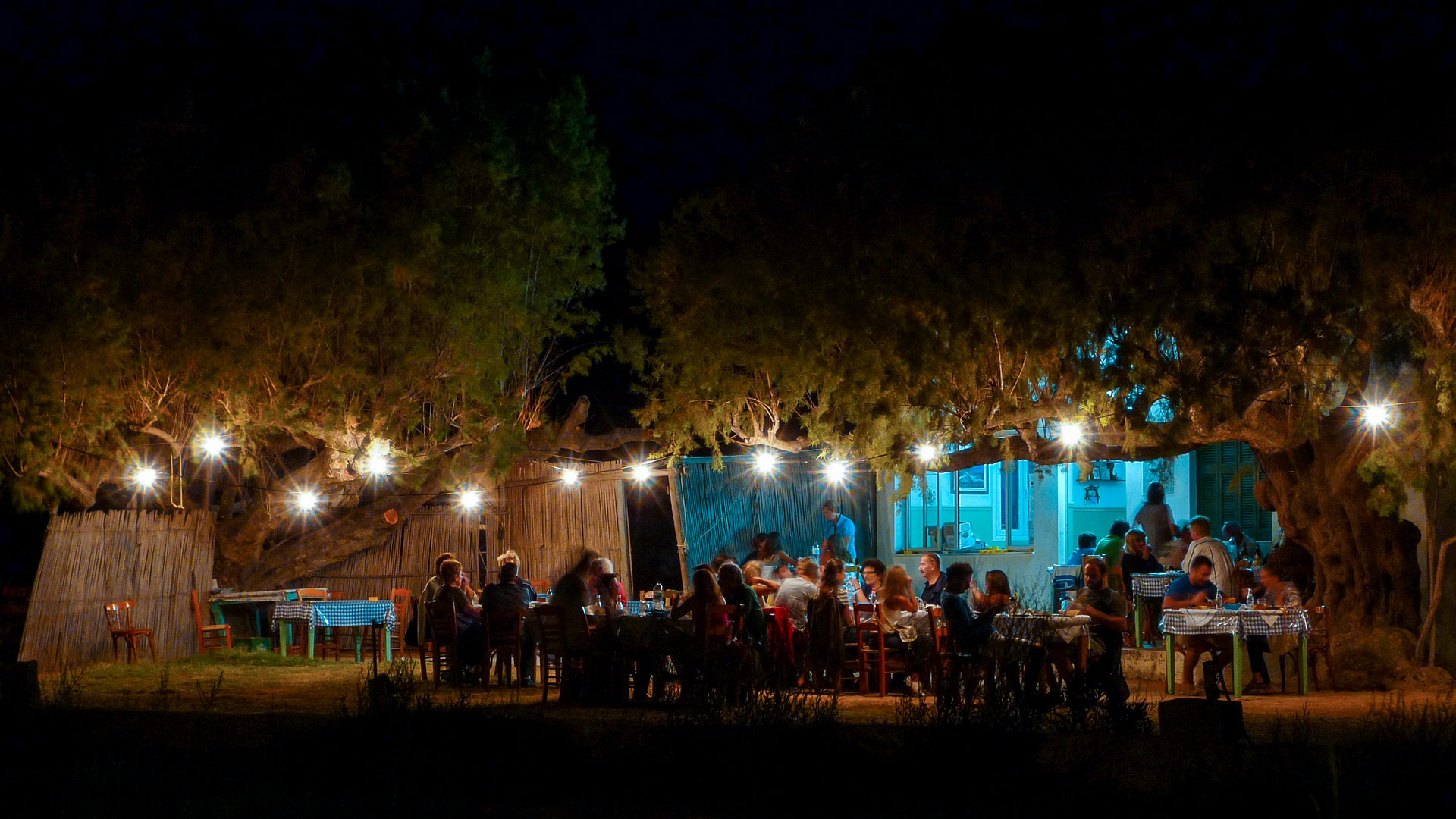 At night Serifos becomes one big party as the tables fill with appetisers, ouzo and other delicacies