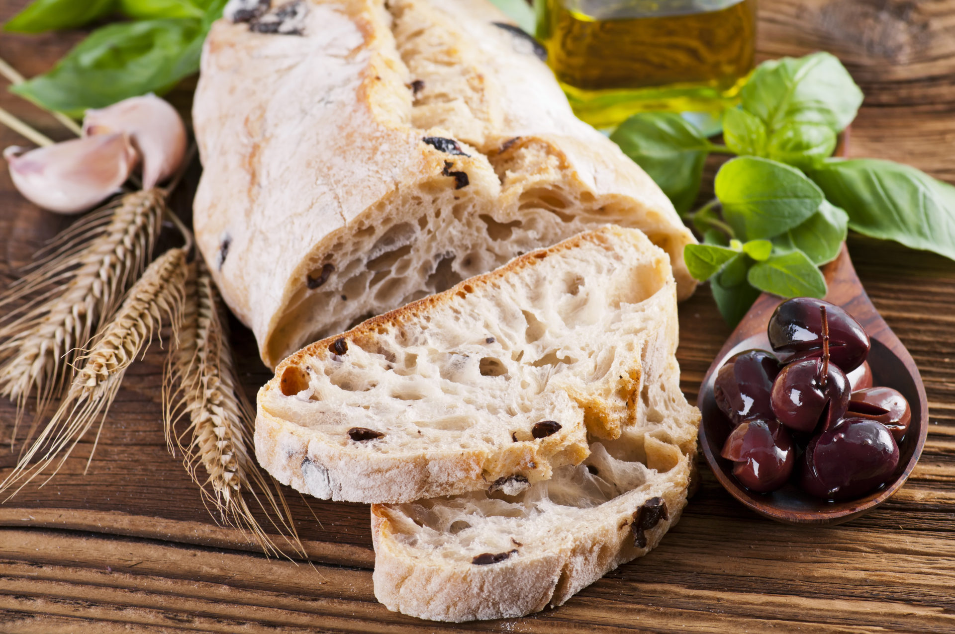 Olive bread with herbs