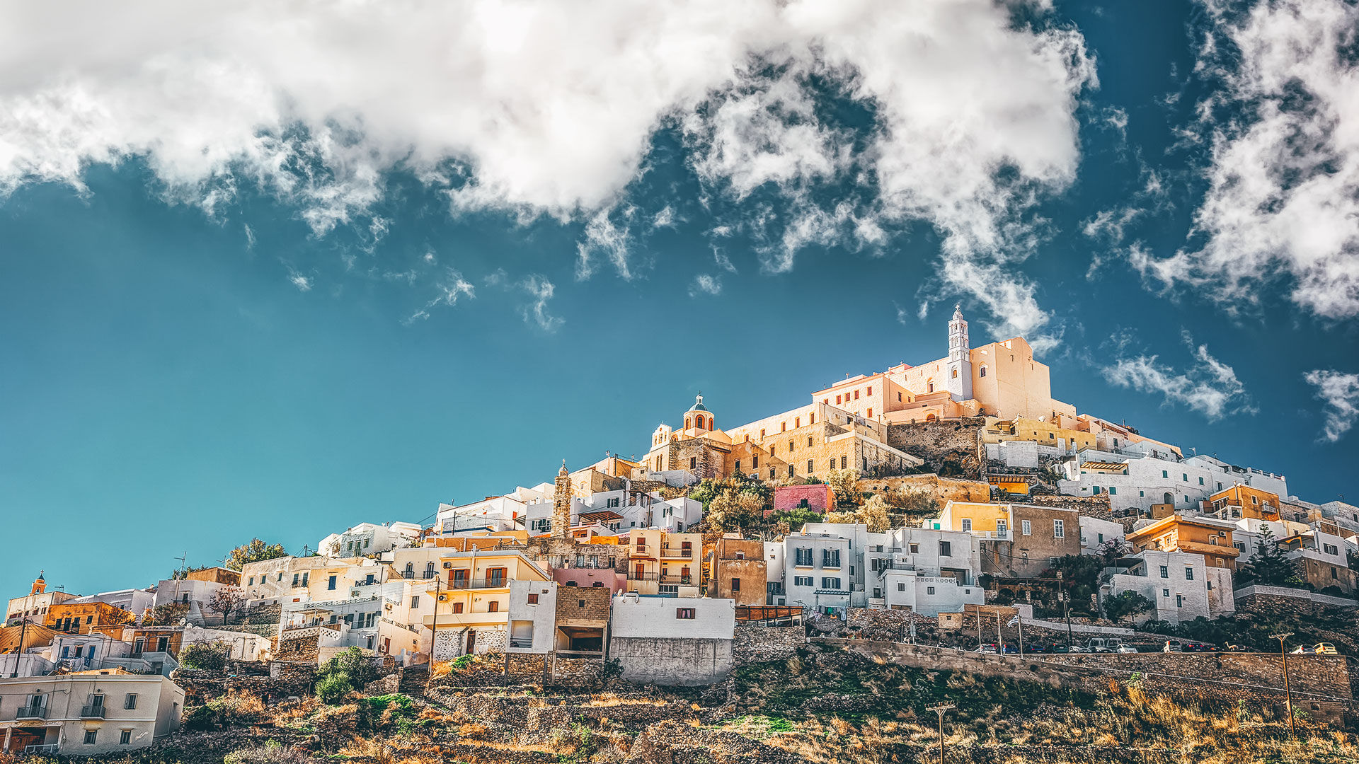 To meander through the cobblestone streets of Upper Syros (as the name translates) is to uncover the medieval and Catholic character
