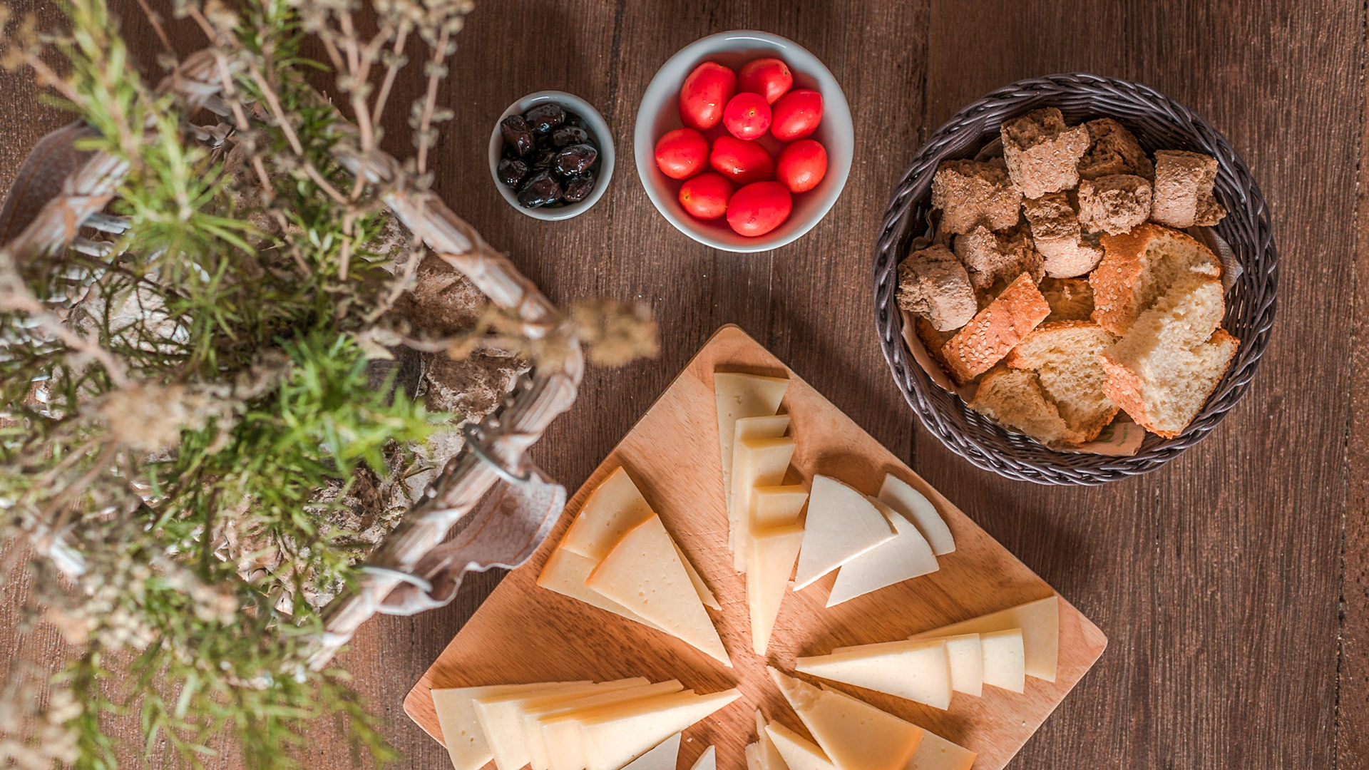 A variety of local cheese, cherry tomato and Cretan paximadi to accompany your wine!