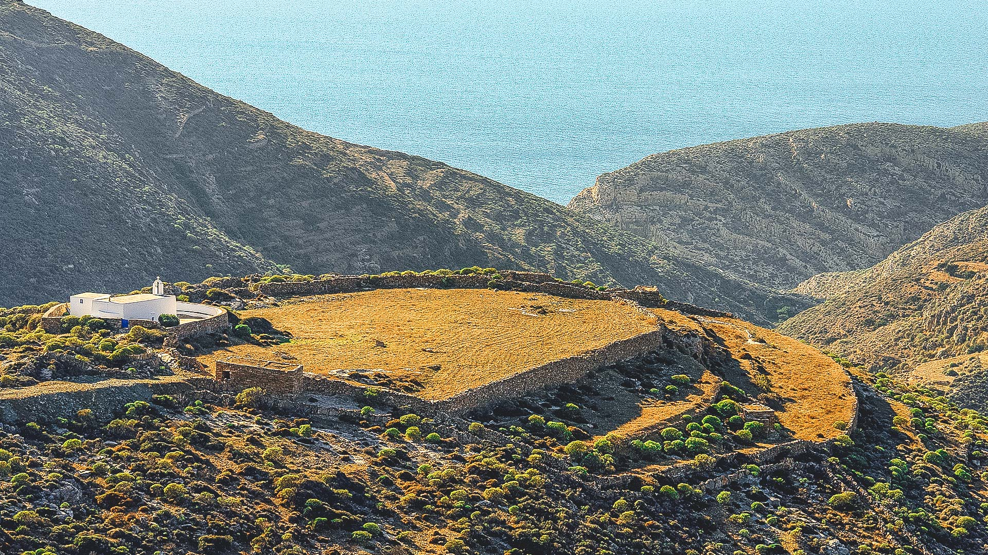 Ano Meria settlement is true to its agricultural roots-Folegandros