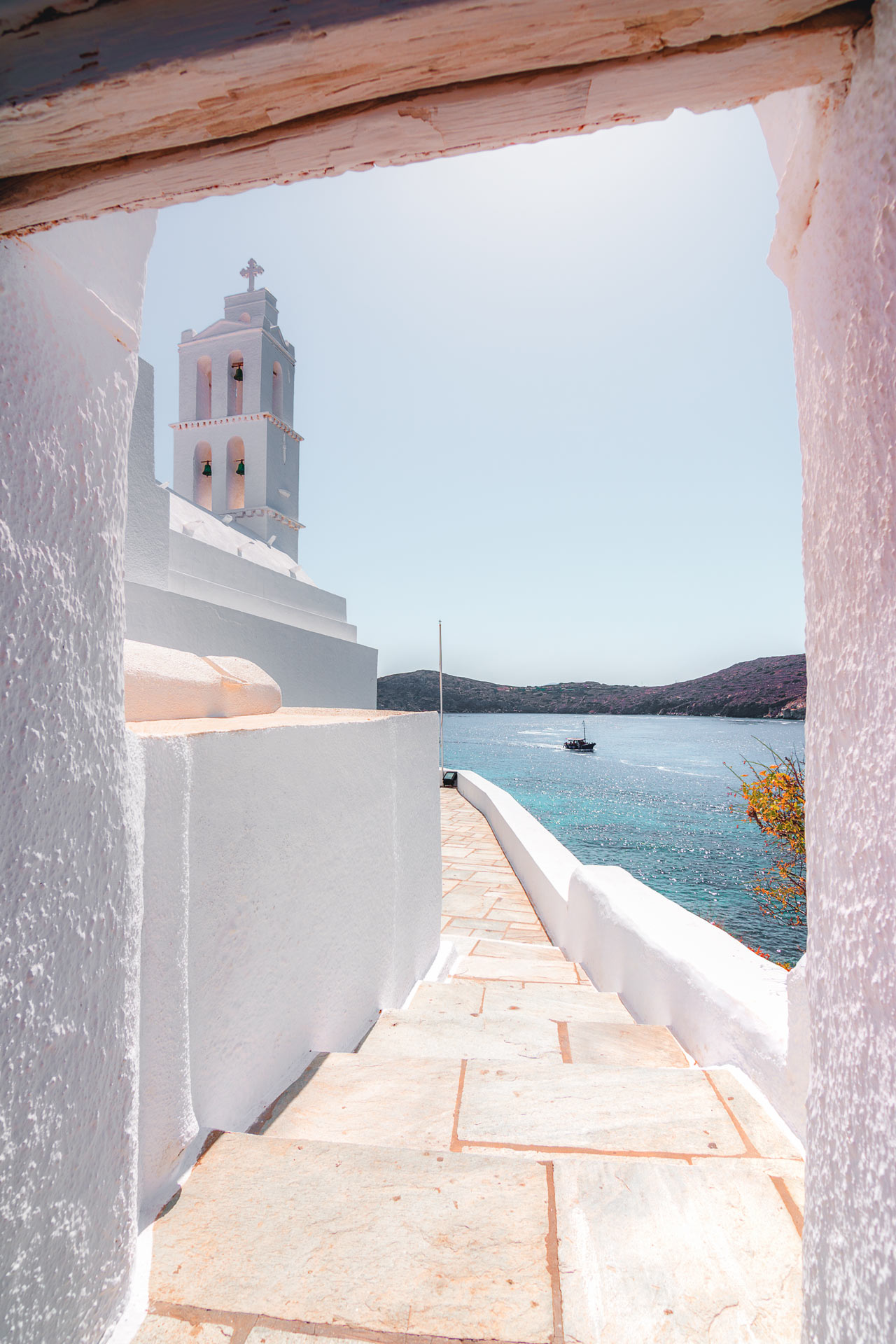 As you head into the alleyways of Hora, you'll be swept into a classic Cycladic aura of whitewashed Instagrammability
