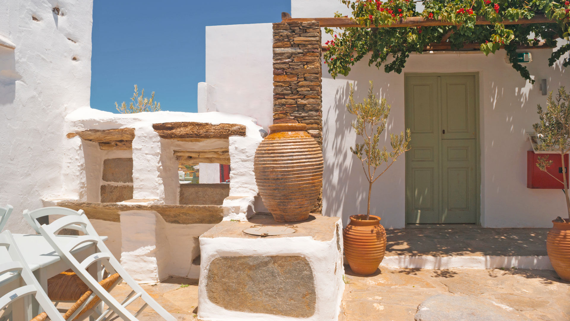 There's an authenticity to Apollonia, built in the heart of Sifnos, that's impossible to fully describe