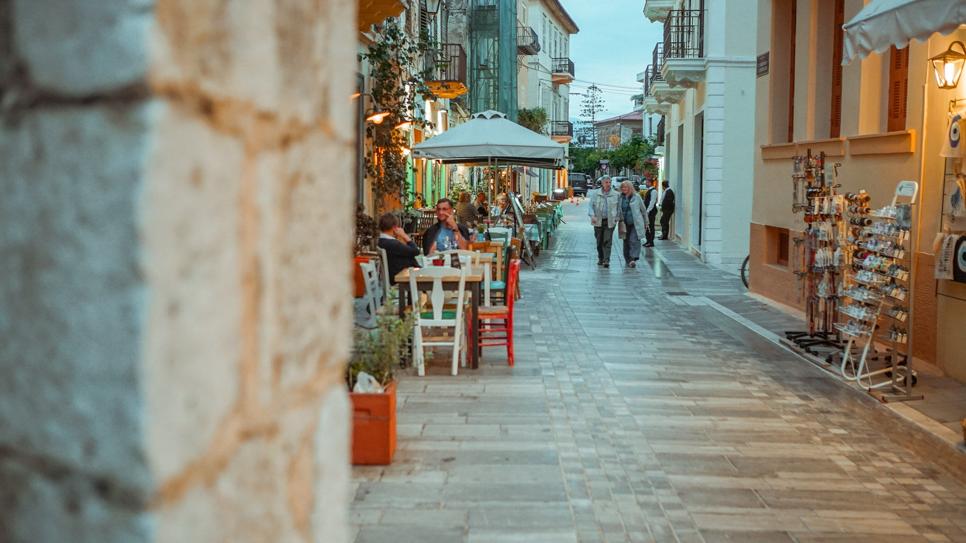 With tavernas serving local dishes with an undeniable finesse, atmospheric monuments and neoclassical mansions, Nafplio has a compelling story to tell