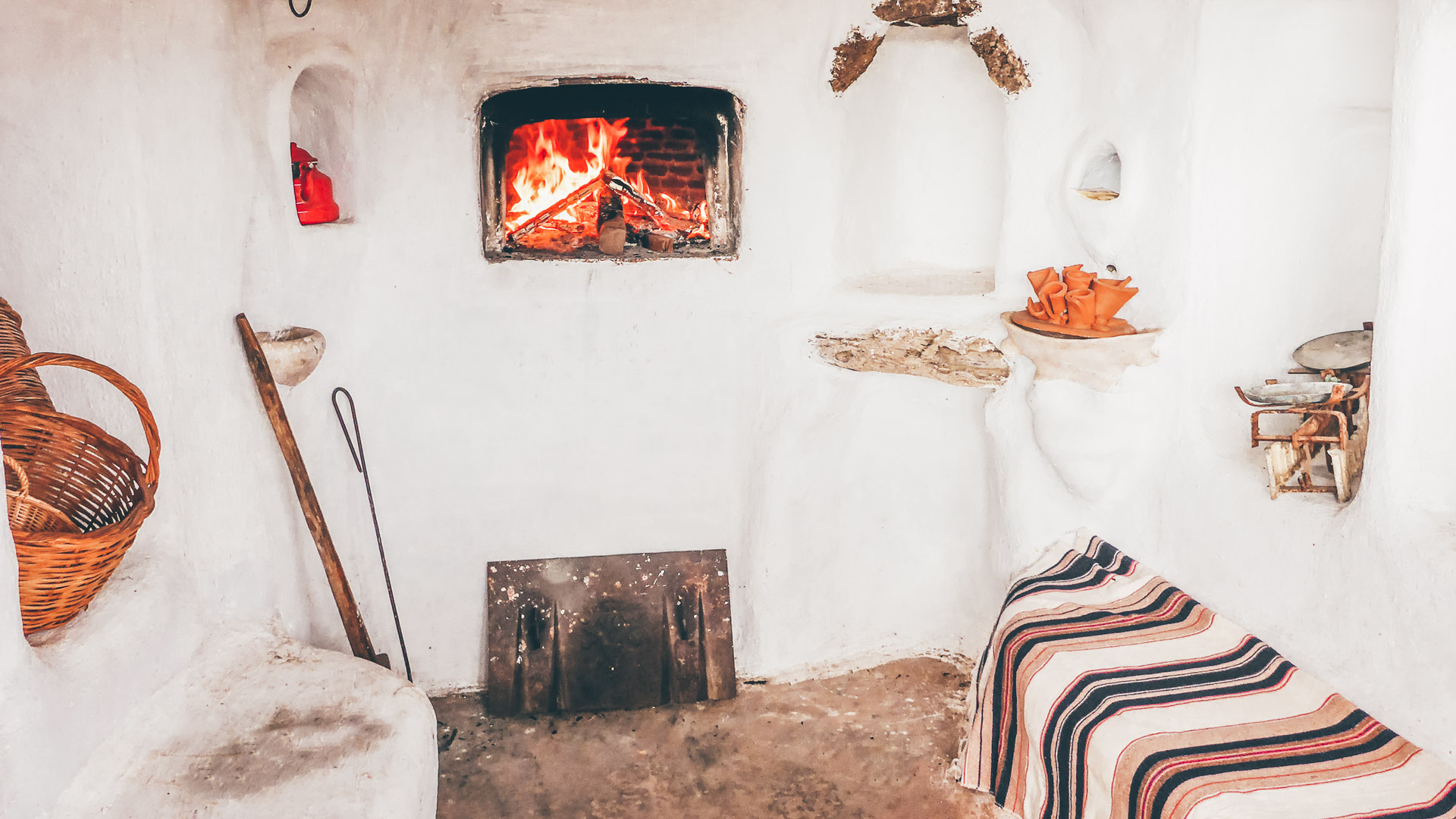 Traditional wood oven, Mykonos