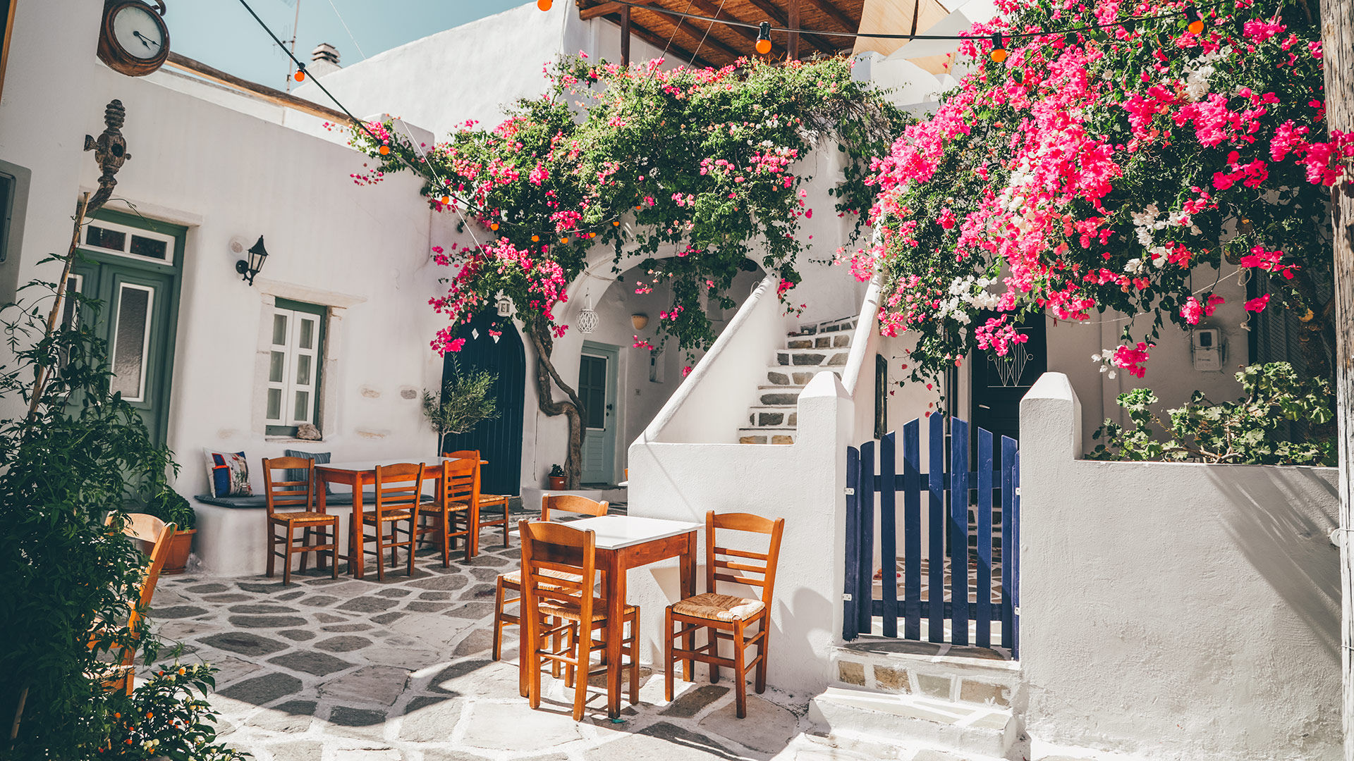Ηopping between villages is the perfect follow-up to enjoying the lively atmosphere of the towns and beautiful beaches of Paros