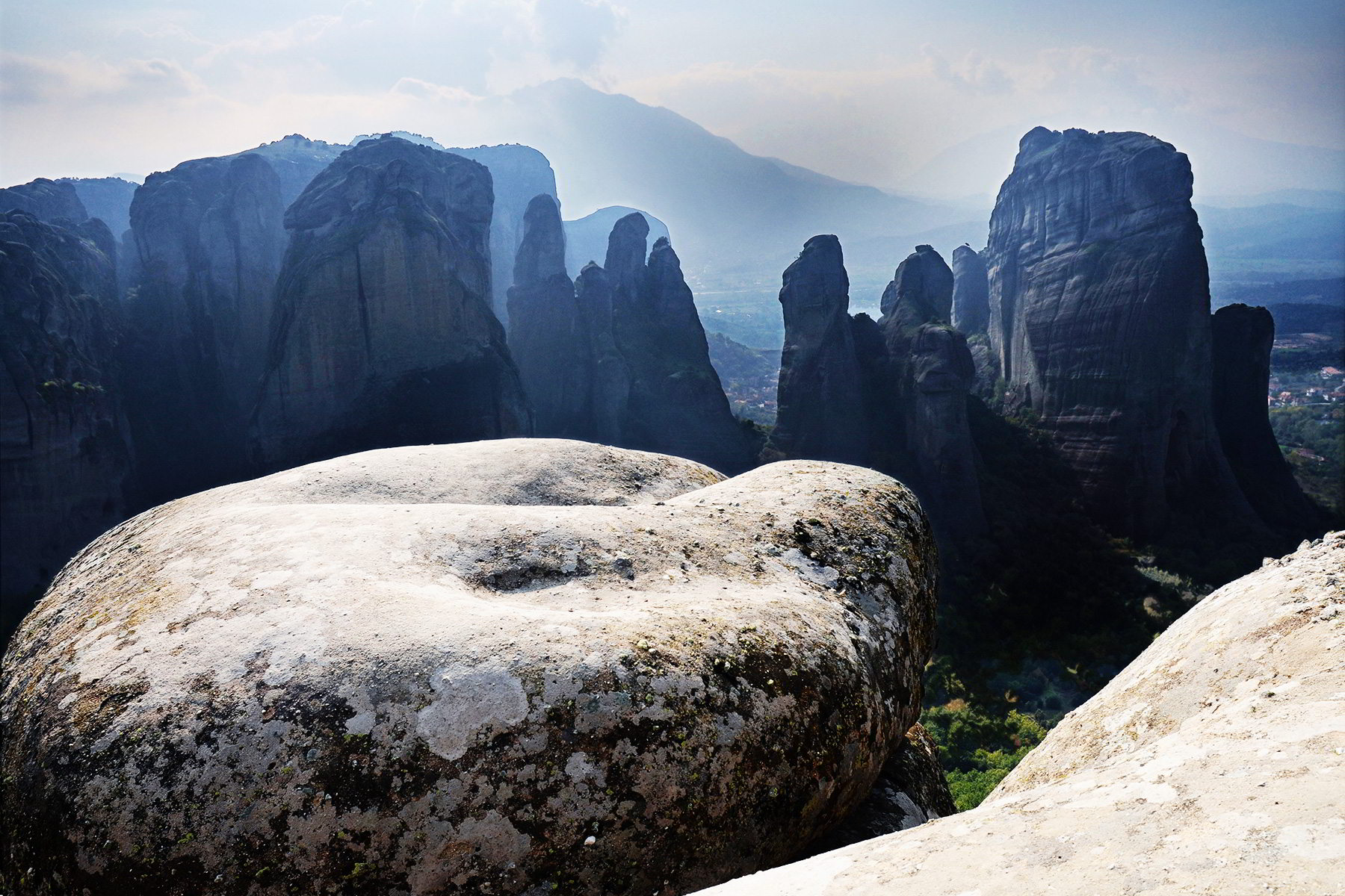 Panoramic view of Meteora, above the mountains