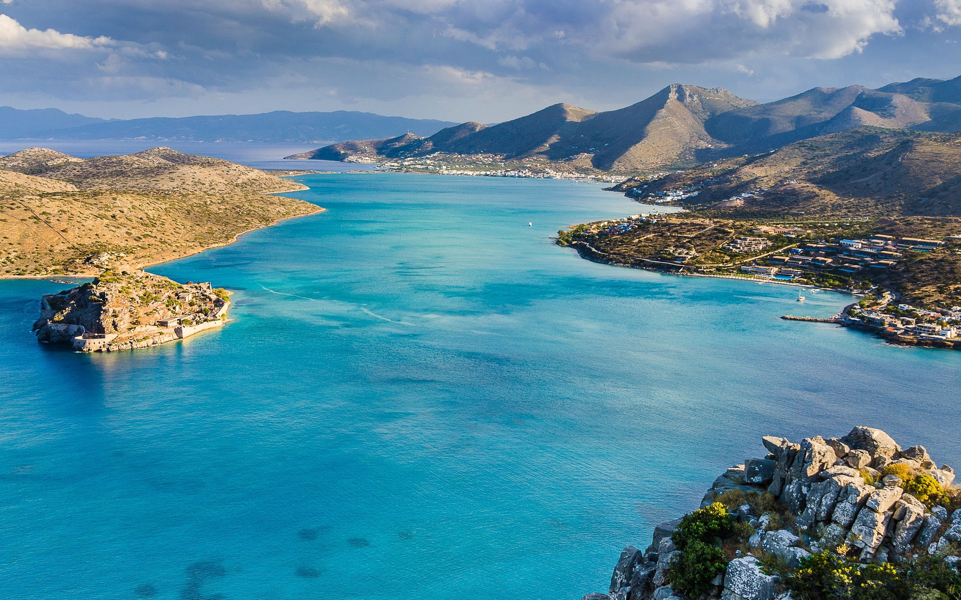 Panoramic view of Spinalonga and the gulf of Elounda