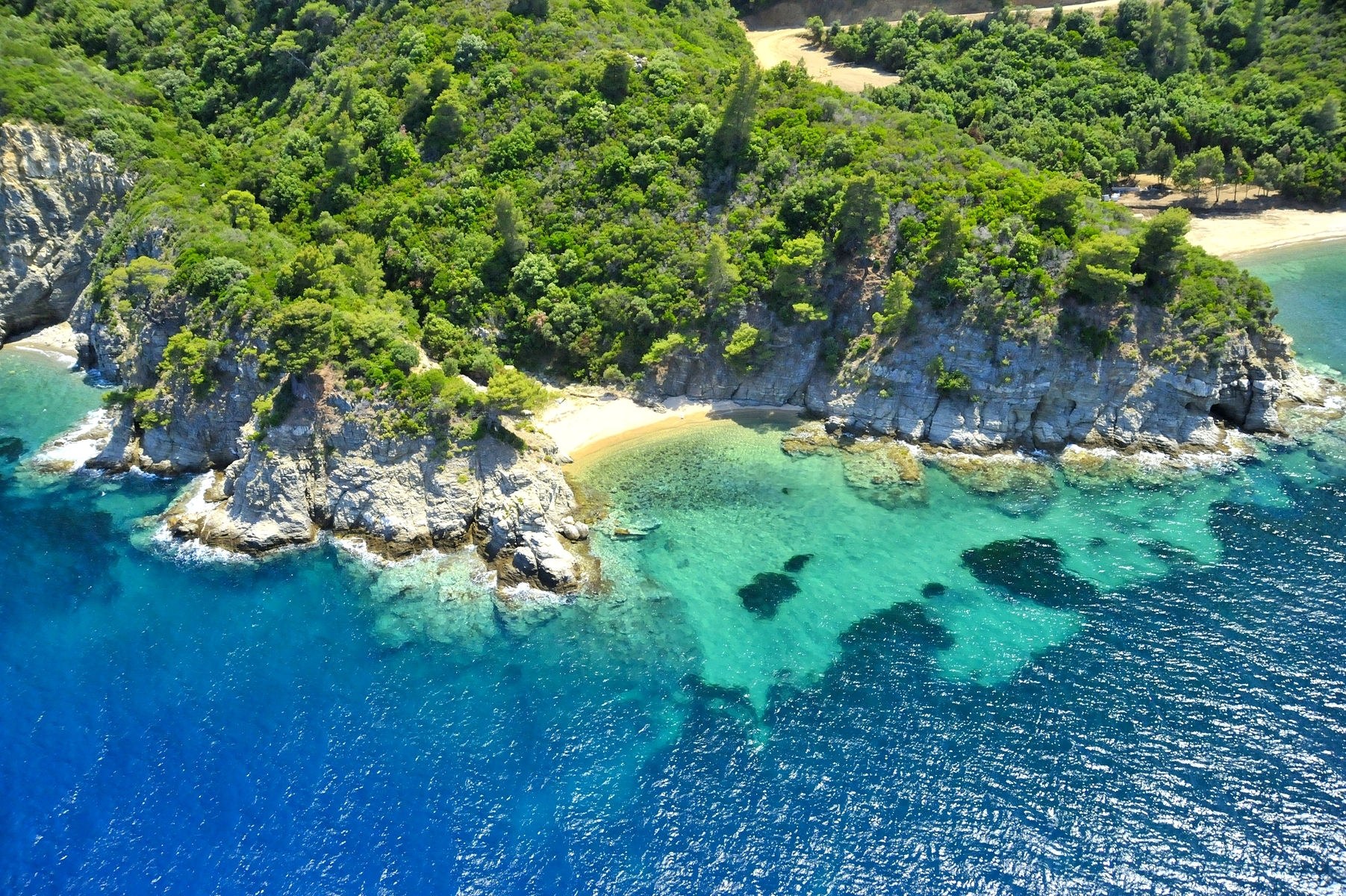 Sand, sea and colours invite you to Halkidiki