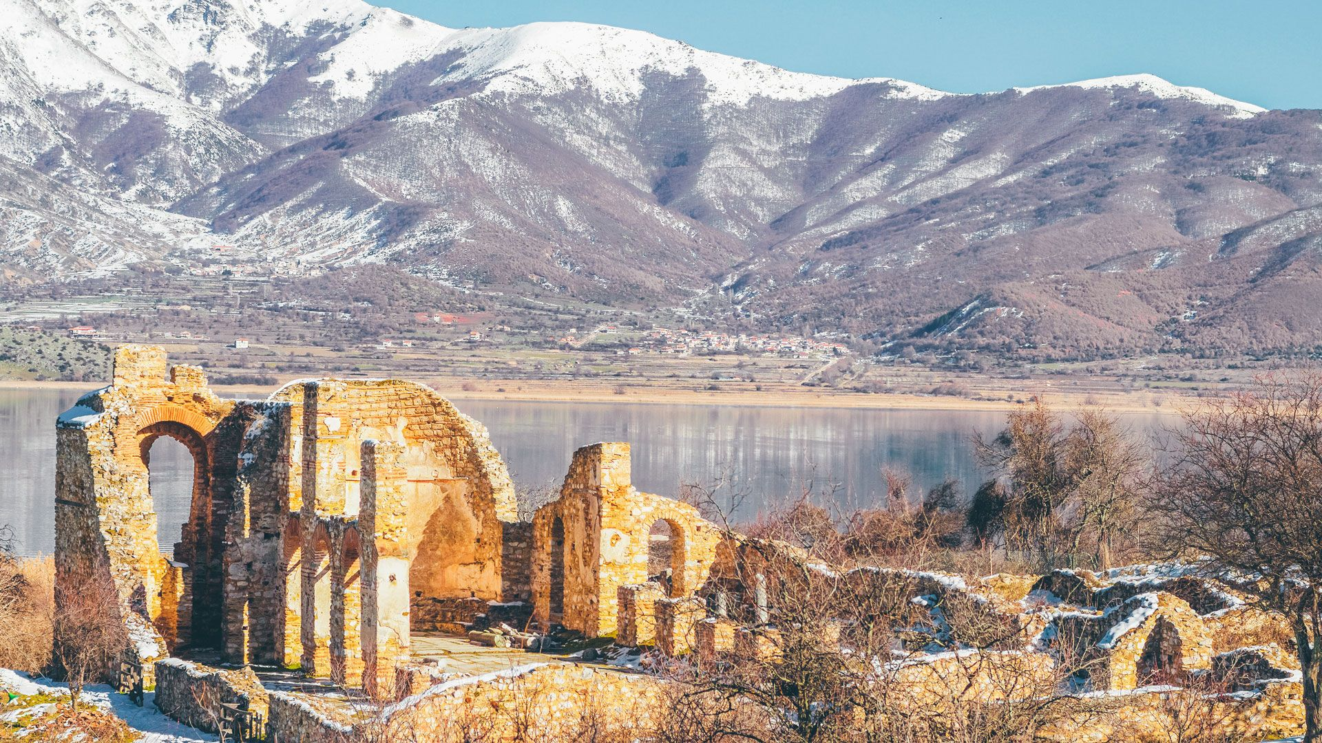 Agios Achillios, the basilica in the heart of Prespa