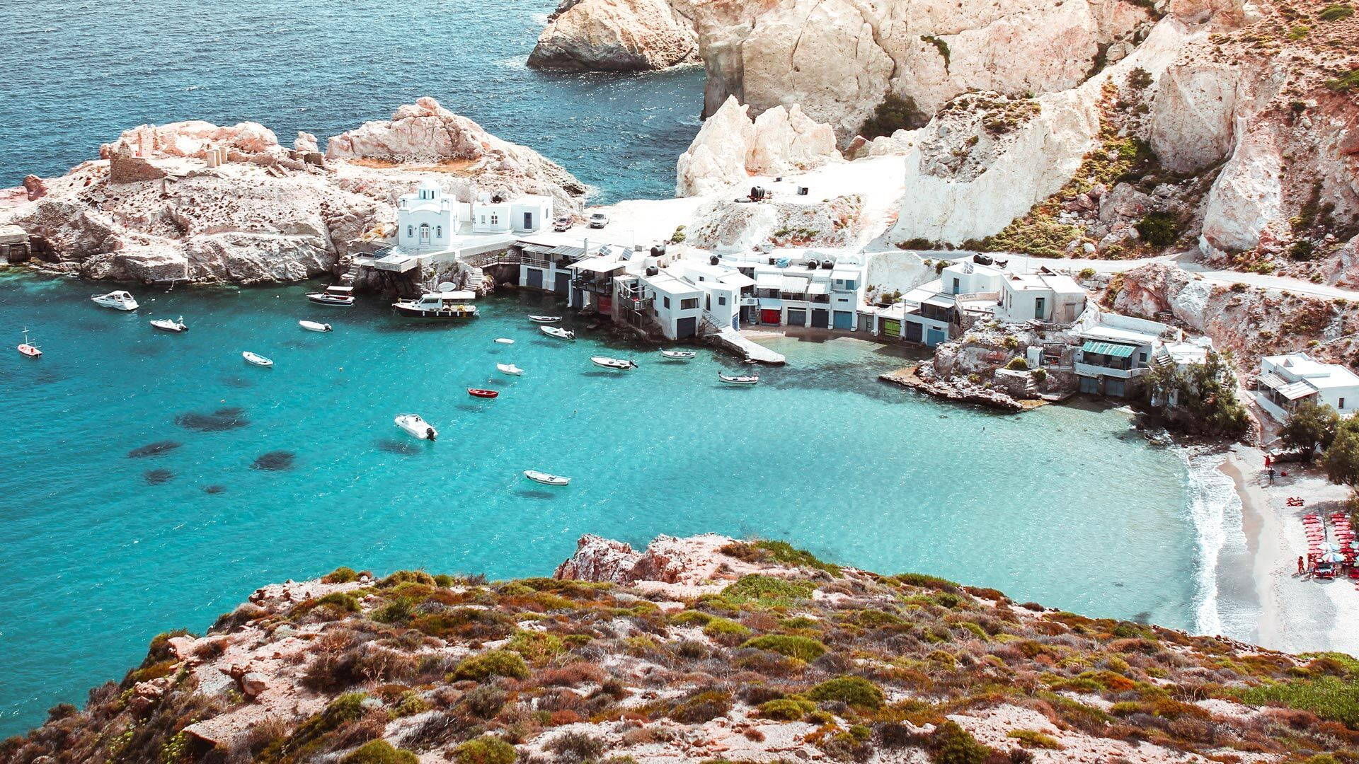 Fyropotamos, a seaside settlement with a tiny sandy beach