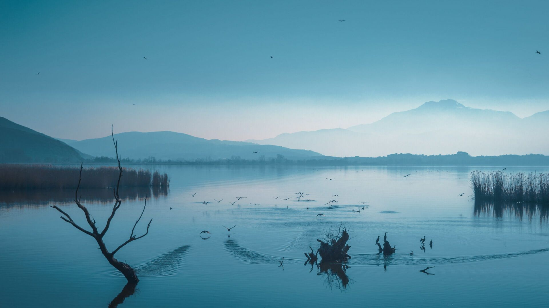Lake Pamvotis, a 20,000-year-old attraction