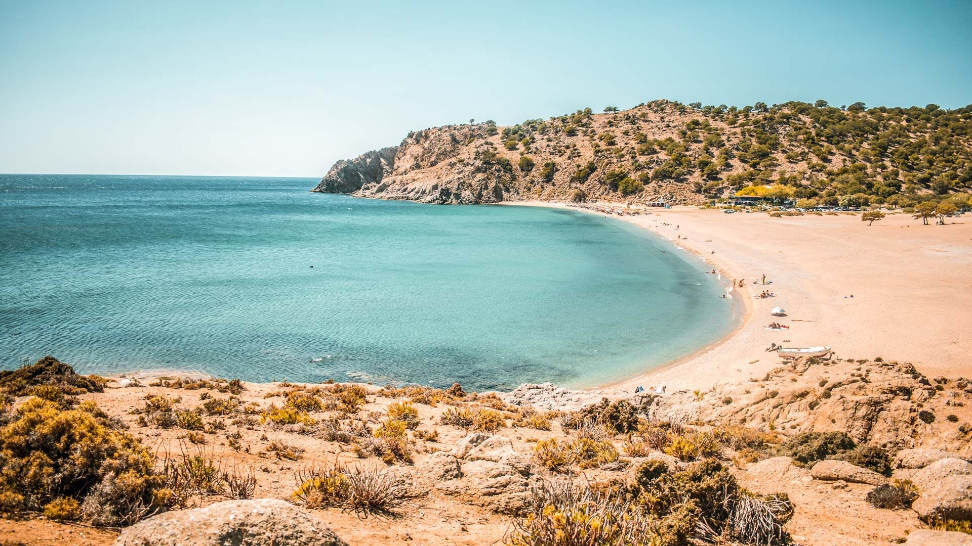The beach of Pachia Ammos, in the south of the island, is one of the most beautiful sandy beaches in Greece