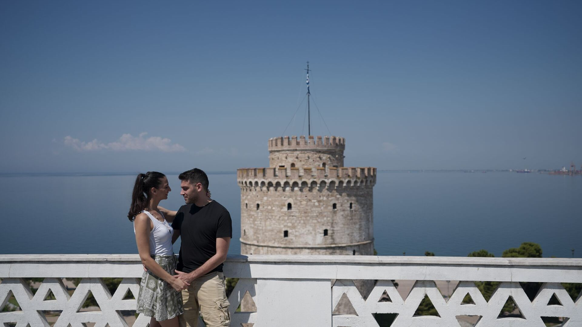 Thessaloniki is a city that invites you to walk it every hour of the day, with tree-lined avenues and a vibrant atmosphere.
