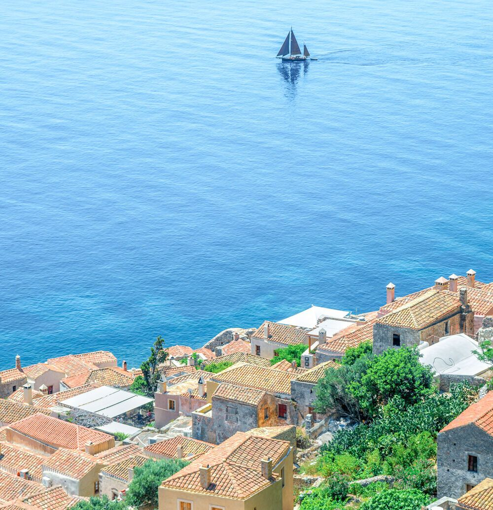 Stone houses with sea view in Monemvasia