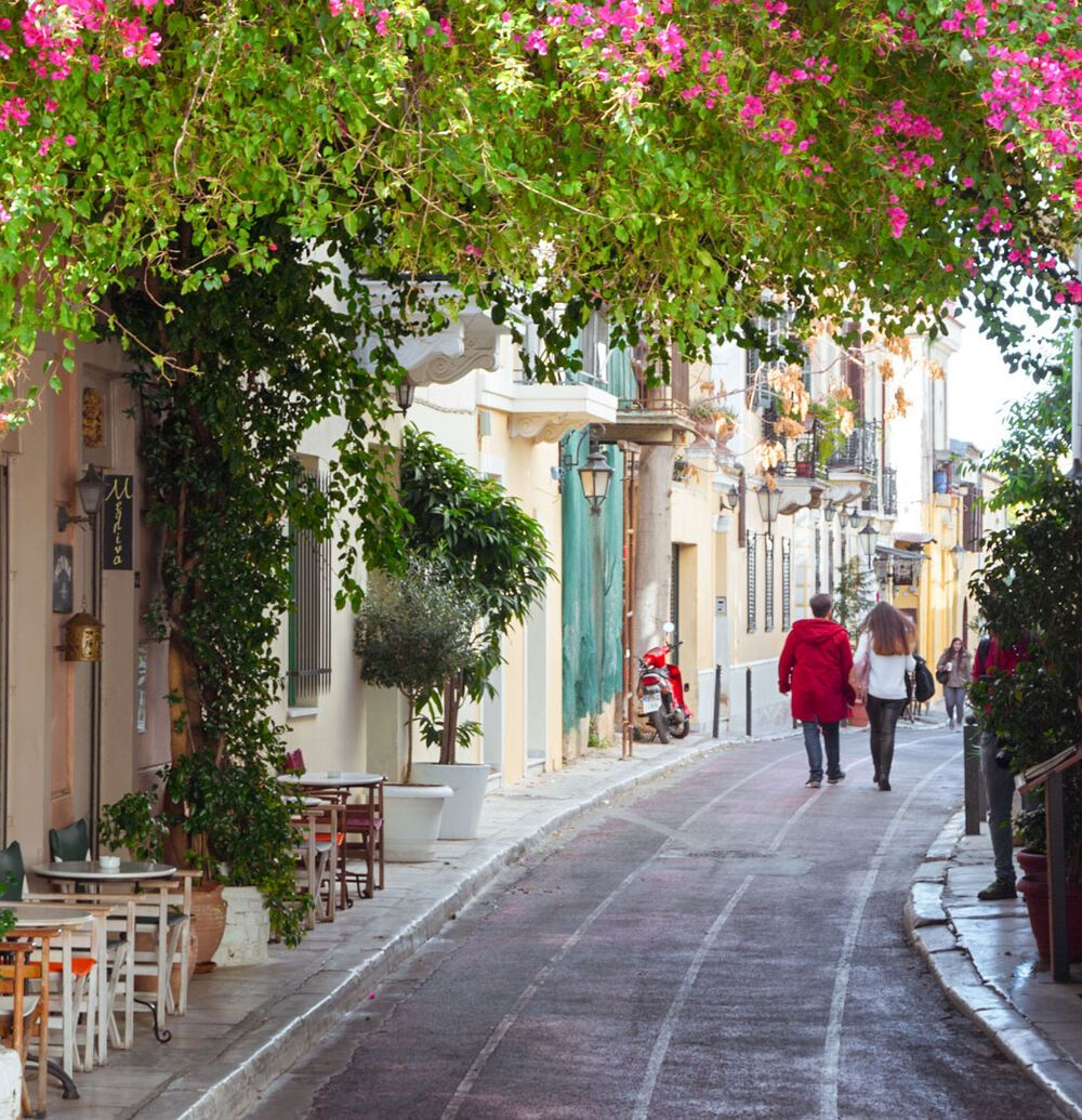 Strolling around the picturesque alleyways of Plaka