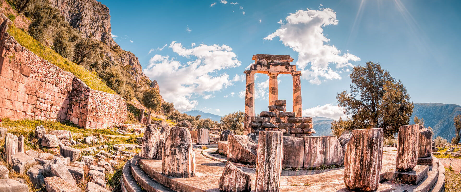 The Tholos of Athena pronaia, originally consisted of 20 Doric columns arranges around 10 Corinthian columns