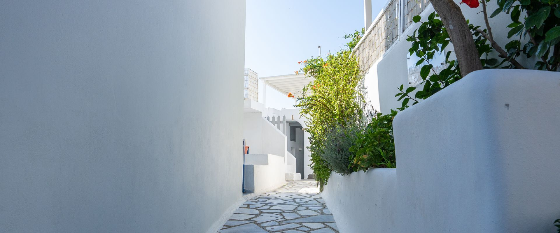 Typical cyclades architecture & aesthetics in Hora of Tinos
