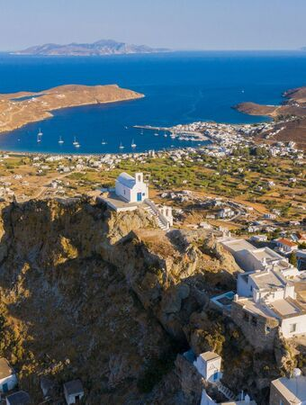 From the beautiful chapel of Agios Konstantinos nearby, you can look out beyond Livadi onto Cycladic islands… Sifnos, Milos and (on clear days) Tinos and Mykonos