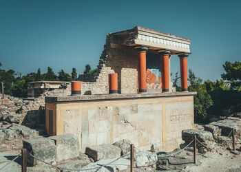 Exploring the Minoan palace of Knossos on Crete