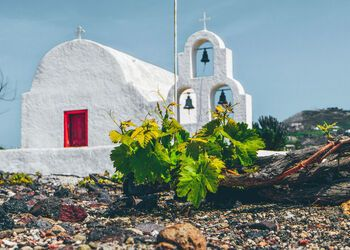 Sampling the wine routes of Santorini