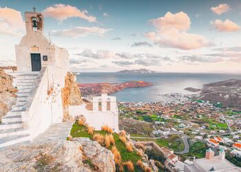 Exploring the Cycladic charm of Serifos' Hora