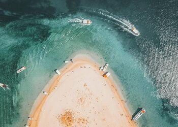 Marathonisi ada deniz kaplumbağalarına tekne turu
