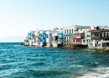 A walking tour through the Hora of Mykonos