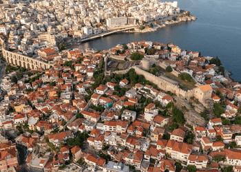 Kavala'nın zengin tarihini ve geleneklerini keşfetmek