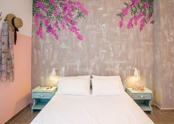Dimitra's Garden - Holiday Apartments
