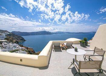 Aloia Villas Santorini