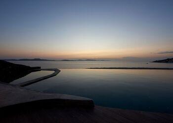 Amazon Mykonos Resort & Spa