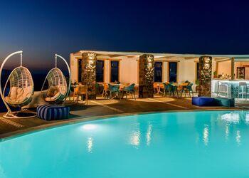 Anemomilos Hotel Santorini