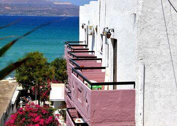 Apokoros Boutique Hotel Craft Deco & Activities