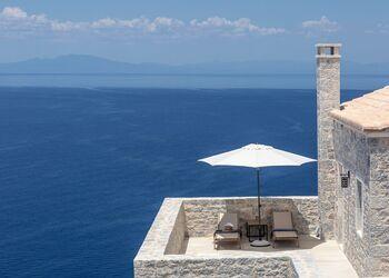 Ariá Estate Suites & Spa