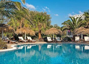 Atlantis Beach Villa
