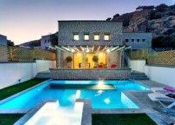 Blue Dream Luxury Villas