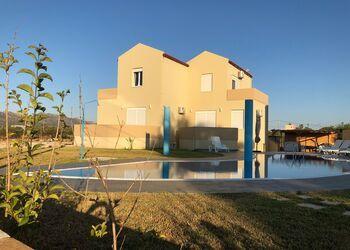 Elenis Dreams Apartments