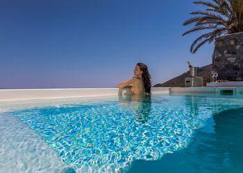 Elysian Santorini Oia