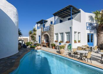 Fotilia Hotel Paros