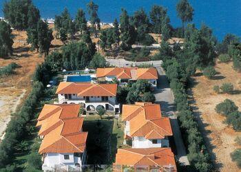 Hanioti Village Resort