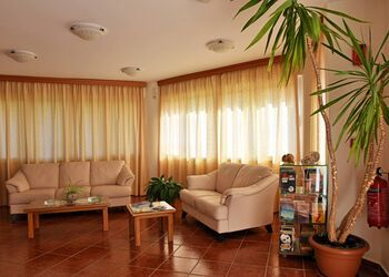 Iolkos Hotel Apartments Chania