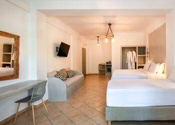 Kalya Suites Santorini