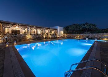 Parosland Hotel