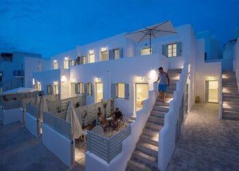 Porto Naoussa Hotel Paros