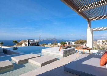 Potnia Theron Suites Santorini